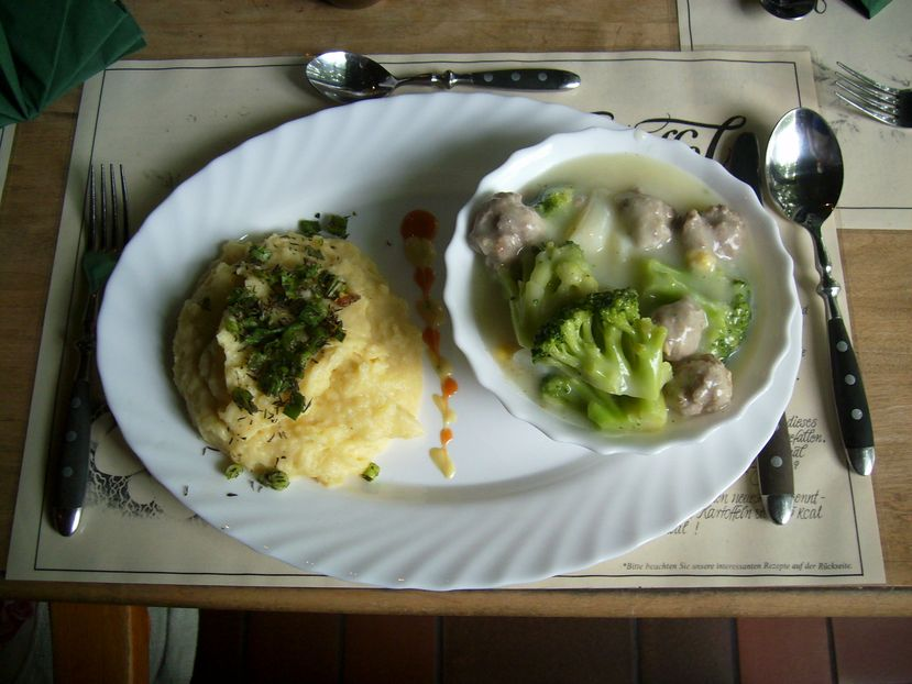 spargel broccoli ragout mit kartoffelschnee heidefarmen blog. Black Bedroom Furniture Sets. Home Design Ideas