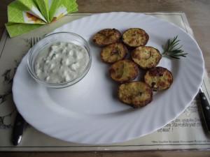 Rosmarinkartoffeln mit Kraueter-Zitronen-Dip