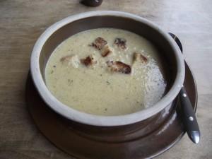 Herzhafte Sauerkrautsuppe