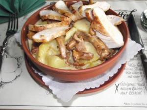 Pfifferling-Kartoffelragout mit Hähnchenbrustfilet