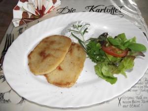 Steckrübenschnitzel mit Kräuterdip