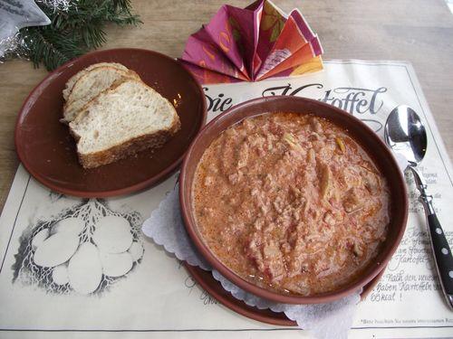 spanisch kartoffel paprika knoblauch topf
