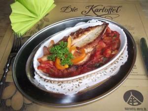 Putenschnitzel in Pilz-Spargel-Tomaten-Sauce