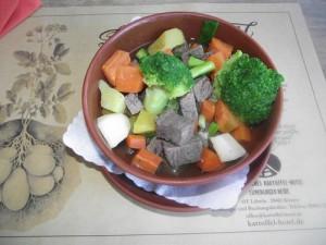 Kartoffeltopf mit Rindfleisch