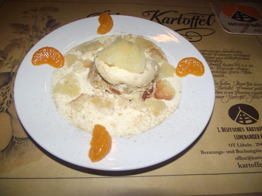 Kartoffel-Zwieback Dessert mit Birnen
