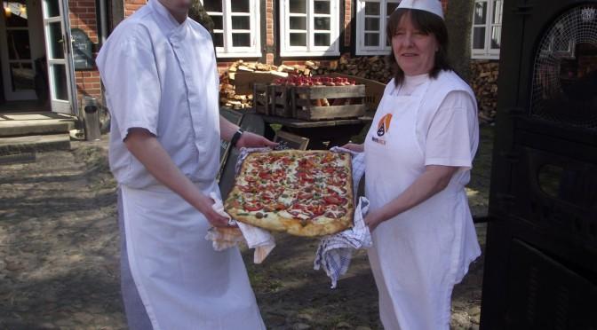 Kartoffel-Salami-Pizza