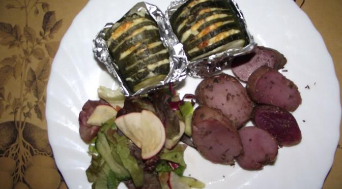 Zucchini-Feta-Fächer