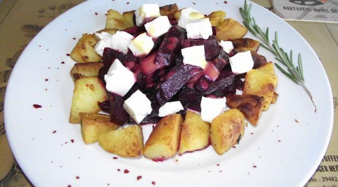 Gebackene Kartoffeln mit Roter Bete