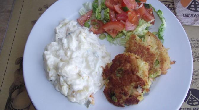 Fischfrikadelle mit Kartoffelsalat
