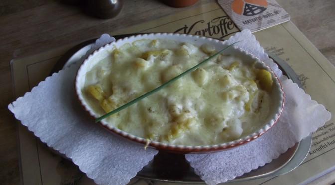 Kartoffel-Spargel-Kokosmilchauflauf