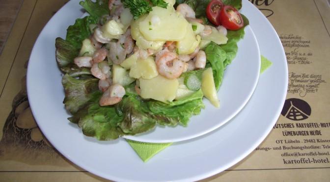 Kartoffelsalat mit Krabben