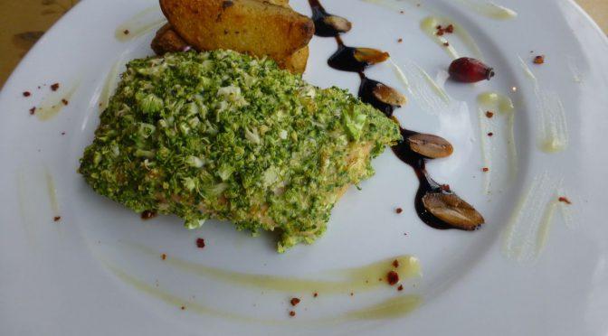 Lachsfilet mit Brokkoli paniert