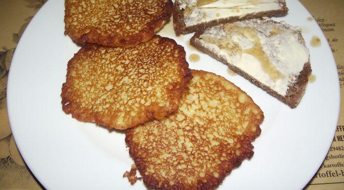 Kartoffelpuffer mit Rübenkraut