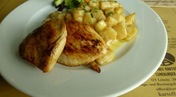 gegrillte Hähnchenbrust mit Spargel-Parmesanstücke