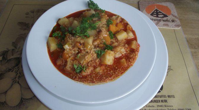 Couscous-Eintopf mit Erdnüssen