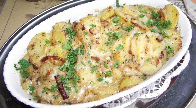 Kartoffel-Zwiebel-Auflauf