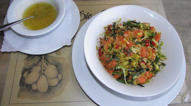 Kürbissalat mit Chili