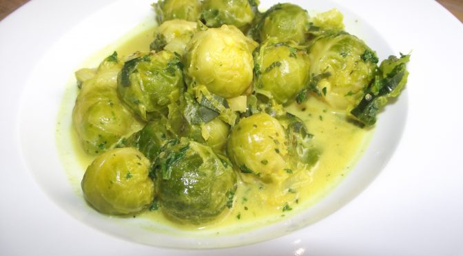 Rosenkohl in Currysahne