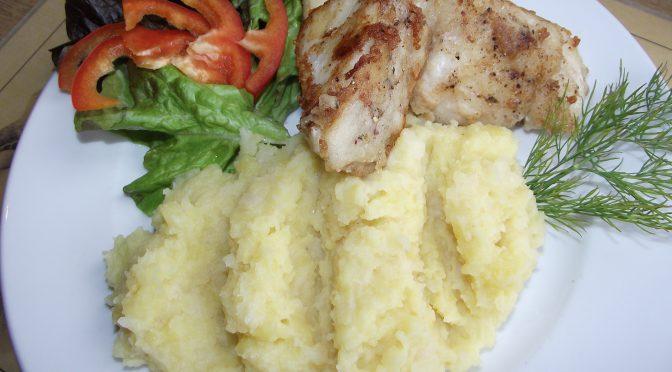 Heilbutt auf Sellerie-Kartoffel-stampf