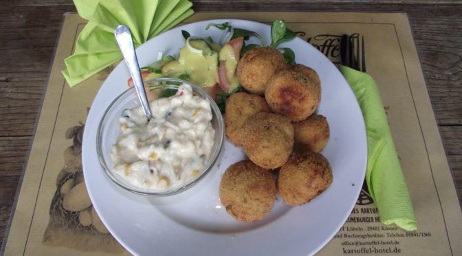Kartoffel-Kroketten mit Käse und Schinken